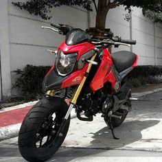 Hyper style by Snail design Grom Bike, Honda Grom, Custom Motorcycles, Cars And Motorcycles, Bike Builder, Pocket Bike, 50cc, Posca, Mini Bike