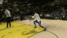 Thanasis Antetokounmpo jumps over his brother Giannis — 2014 D-League Slam Dunk Contest