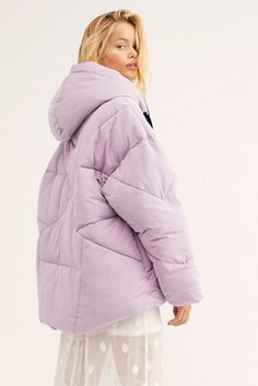 Long Parka Coats, Women's Puffer Coats, Puffer Jackets, Winter Jackets, Oversized Puffer Coat, Summer Coats, Lifestyle Trends, Mode Streetwear, Autumn Winter Fashion