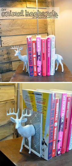 artisan des arts: DIY - Plastic animal bookends - $3.50