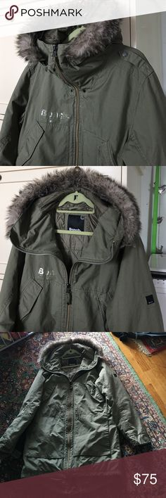 Green parka, lightly padded, exceptional quality. Parka with hood by Bench. (XL) Bench is a popular high end line in Great Britain. This has not been worn but I removed the green waist tie from middle to see if it would fit. !!!! slightly longer at back with tie. Fab fab fab. Faux fur on hood zips off for different look. Bench Jackets & Coats Utility Jackets