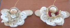 Risultati immagini per angeli con sfere di legno