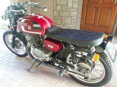 jawa cz 350 cafe racer Vintage Motorcycles, Cars And Motorcycles, Jawa 350, Cafe Racing, Café Racers, Scrambler, Herringbone, Motorbikes, Honda