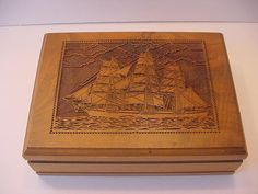 VINTAGE DECATUR WALNUT WOOD HUMIDOR CARVED SHIP'S SCENE/MEN'S JEWELRY BOX/EXCELL