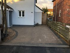 Here are some before and after photos of a block paving driveway project, supplied and carried out by SD Home Improvements in Bristol. Driveway features: removal of the old surface and garden driveway layout extension new foundation and membrane sheeting paving sand double Charcoal border ACO drains at the front flat top kerbing block paving […]