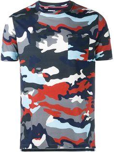 MONCLER GAMME BLEU camouflage print T-shirt. #monclergammebleu #cloth #t-shirt