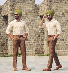 Mens Fashion Suits, Fashion Outfits, Men's Fashion, Punjabi Boys, Punjabi Suits Party Wear, Punjabi Fashion, Men Closet, Turban Style, Formal Looks