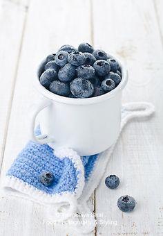 Blueberries by Yevgeniya Shal