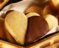 Biscoitos de Avelã - https://www.receitassimples.pt/biscoitos-de-avela/