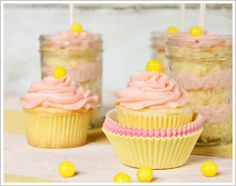Strawberry Lemonade Cupcakes-gotta try this version yum