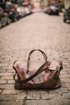 the original cavalier leather duffle :: ultimate weekender bag