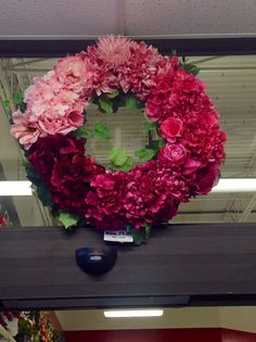 Pink ombré wreath by Andi (9989)
