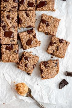 Baked Oatmeal Bars | A Cookie Named Desire Chocolate Peanut Butter Smoothie, Chocolate Pancakes, Oatmeal Chocolate Chip Cookies, Creamy Peanut Butter, Mini Chocolate Chips, Delicious Chocolate, Chocolate Desserts, No Bake Oatmeal Bars, Baked Oatmeal