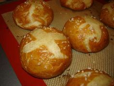 Homemade pretzel bread is about as close to a german bakery as I'm going to get any time soon.
