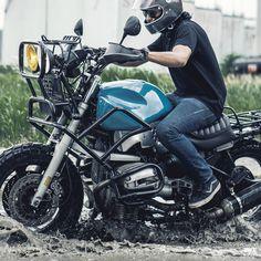 Brutal BMW: A bonkers custom from Malaysia Custom Bmw, Custom Bikes, Bmw R1100gs, Motorcycle Style, Bobber Motorcycle, Motorcycle Quotes, Bmw Scrambler, Dirt Bike Girl, Cafe Racer Bikes