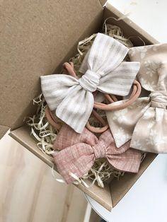 Baby Girl Hair Bows, Toddler Hair Bows, Girls Bows, Baby Bows, Vintage Hair Bows, Bows For Sale, Pinwheel Bow, Bow Shop, Fabric Hair Bows