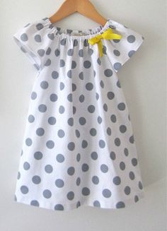 Toddler Girls Peasant Dress White and Grey Polka Dots with a Yellow Ribbon-linen/cotton-baby-Children Clothing by Chasing Mini via Etsy. Little Girl Fashion, Fashion Kids, Sewing For Kids, Baby Sewing, Sewing Ideas, Sewing Patterns For Kids, Polka Dot Summer Dresses, Dress Summer, Little Girl Dresses
