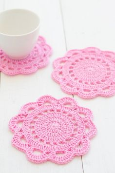Your place to buy and sell all things handmade - Crochet Coasters Pattern – Olivia Scallop Edge Coasters – PDF - Beau Crochet, Crochet Diy, Crochet Doily Patterns, Crochet Home, Crochet Gifts, Crochet Doilies, Crochet Stitches, Crochet Edgings, Diy Crochet Flowers