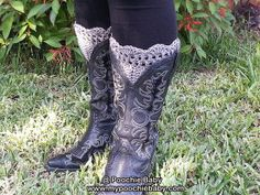 These boot cuffs even look great with cowboy boots! #fashion #winteraccessories #bootcuffs