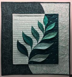 Dancing in the Breeze by Margaret Winter art Uncommon Threads – Finding Inspiration in a Recent Art Quilt Exhibit Colchas Quilting, Quilting Projects, Quilting Designs, Machine Quilting, Small Quilts, Mini Quilts, Circle Quilts, Uncommon Threads, Fiber Art Quilts