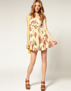 Petite Printed Summer Dress With Twist Bust
