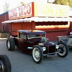 Hot Rod Trucks, Cool Trucks, Cool Cars, Old Ford Trucks, Chevrolet Trucks, Classic Trucks, Classic Cars, Rat Rod Pickup, 32 Ford