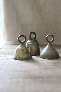 v i n t a g e holiday brass bells by Harmonicajane on Etsy, $18.00