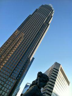 Skyscraper = Rascacielos