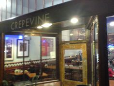 Crepevine by soldierant, via Flickr