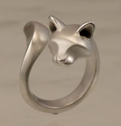 Cat ring - this is so cute