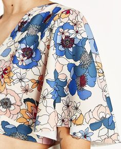 Image 7 of PRINTED CROP TOP from Zara
