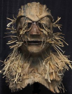 My handmade Scarecrow masks have been featured in several award-winning films and are worn in countless haunted attractions across the country each year. Haunted House Props, Halloween Haunted Houses, Halloween Masks, Scary Halloween, Happy Halloween, Halloween Decorations, Scarecrow Mask, Diy Scarecrow, Most Haunted