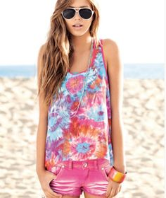 Ombre, Dip dye, and tie dye. Love this pink hippie combo