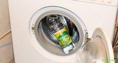 Waschmaschinen sollten regelmäßig etwas gepflegt werden. Mit diesem Mittel geht es einfach, preiswert und umweltschonend!
