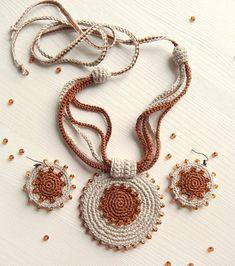 - Flax & Cotton Pendant and earrings Crochet Orname. – Flax & Cotton Pendant and earrings Crochet Ornaments Crochet Necklace Pattern, Crochet Jewelry Patterns, Crochet Bracelet, Crochet Accessories, Crochet Earrings, Textile Jewelry, Fabric Jewelry, Etsy Jewelry, Jewellery