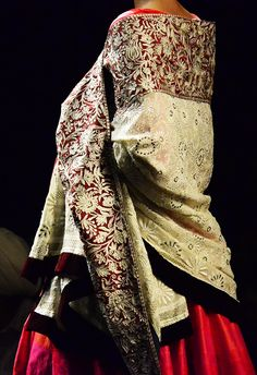 Manish+Malhotra+::+Wills+India+Fashion+Week+S/S+