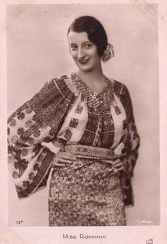 Miss Romania 1931 French postcard for the Miss Europe 1931 pageant. Romania's representative was Tanti Vuroseanu. Traditional Dresses, Traditional Art, Folk Costume, Costumes, Romania People, Folk Embroidery, Fashion History, Pin Up, Vintage Outfits