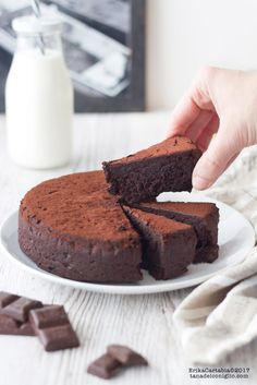 Torta al cioccolato senza farina The rabbit hole: Chocolate cake without flour Sweets Recipes, My Recipes, Cake Recipes, Cooking Recipes, Favorite Recipes, Sweets Cake, Cupcake Cakes, Sweet Light, Torte Cake