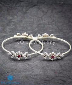 The Prateek Silver Gemstone Bangles Silver Anklets, Silver Bangle Bracelets, Gold Bangles, Silver Jewellery Indian, Silver Jewelry, Silver Earrings, Baby Jewelry, Jewelry Rings, Toe Ring Designs
