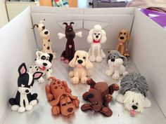 // Fondant dogs // Via Jayne MackieFondant dogs - I would LOVE these in clay!Fondant dogs, could be a good idea for polymerBildergebnis für how to make a fondant labrador puppy Polymer Clay Tips and Tricks for Beginners Dog Cake Topper, Fondant Toppers, Cupcake Toppers, Fondant Cupcakes, Fondant Baby, Cupcake Cakes, Polymer Clay Animals, Polymer Clay Crafts, Decors Pate A Sucre
