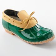 OMG! Duck shoes! I remember these from when I was a kid...apparently they're back (or maybe they never left!)