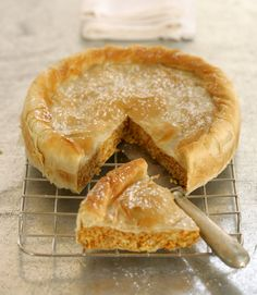 Enjoy this traditional Greek fresh pumpkin phyllo pie. It's a much healthier alternative to the canned pumpkin pies that most Americans are familiar with. Fresh Pumpkin Pie, Canned Pumpkin, Pumpkin Spice, Fresh Pumpkin Recipes, Pumpkin Pumpkin, Fall Recipes, Holiday Recipes, Greek Desserts, Greek Sweets