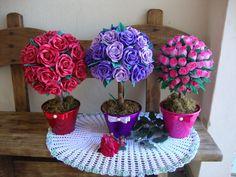 Flores & Barbantes Cia: Topiarias e arranjos em EVA,aceitamos encomendas de todas as cores!