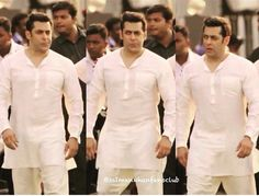 Irresistible Salman khan Salman Khan Photo, Shahrukh Khan, Dr Cabbie, Ek Tha Tiger, Salman Khan Wallpapers, Muslim Dress, King Of Hearts, Celebs, Celebrities