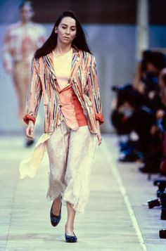 Comme des Garçons Spring 1992 Ready-to-Wear Collection - Vogue