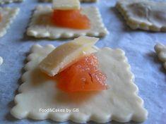 FOOD & CAKES: Hojaldres con membrillo y queso Cheddar