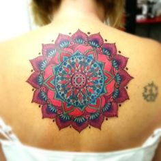 28 Amazing Back Mandala Tattoos for Women and Girls (1)