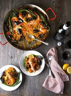 Grilled Seafood Paella Valenciana ~Yes, more please! Spanish Paella, Spanish Cuisine, Spanish Food, Seafood Paella, Seafood Dishes, Pork Rib Recipes, Grilling Recipes, Portuguese Recipes, Spanish Recipes