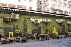 Street art conversion using pallets, chairs and paint!