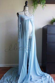 Sue blue rain Chiffon-Lace Maternity Gown with long lace